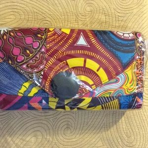 Handbags - New, large black button Authentic African print